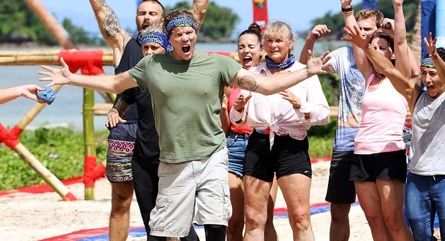Australian Survivor Season 3 Champions celebrate a win
