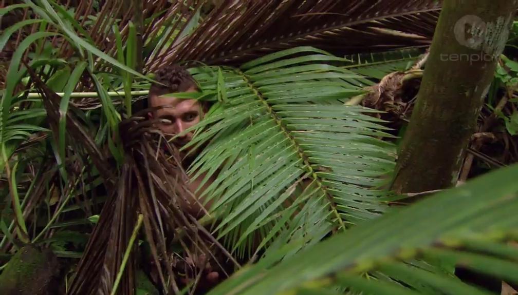 Australian Survivor S2 Luke hiding in his spy shack